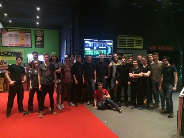 Jugendgruppe beim LaserTec