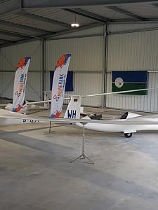 Luftsportclub weiht neue Segelflughalle ein